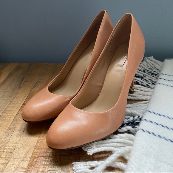 Aldo Camel Nude Leather Heels Rounded Toe